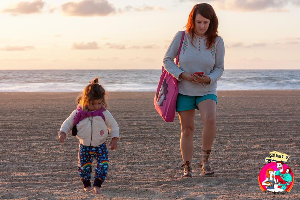 Vivre sur les routes de France avec un bébé : la vie alternative des Kangooroule