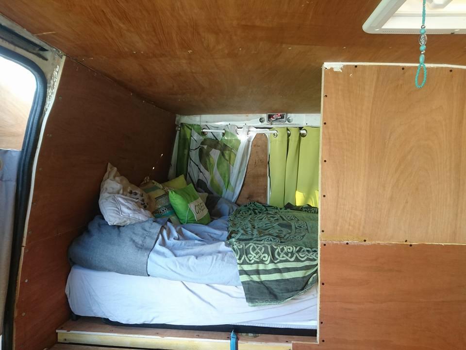 camionnette aménagée intérieur