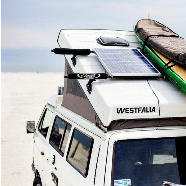 installer panneaux solaires van