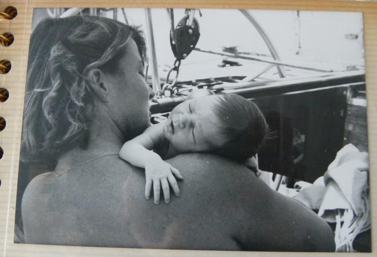 bébé en voilier tour du monde