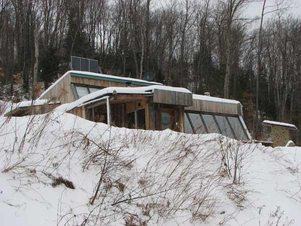earthship hiver
