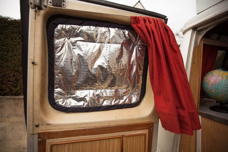 fabriquer des rideaux isolants van camion aménagé froid chaud
