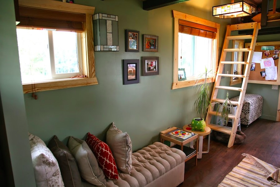 tiny house salon