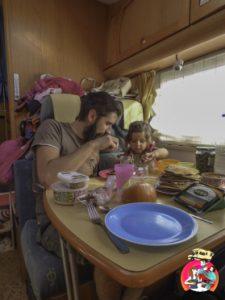 voyager avec un bebe camping car