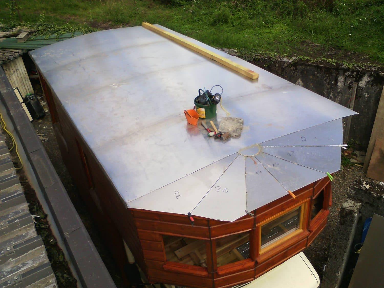 fabriquer une roulotte monture bois