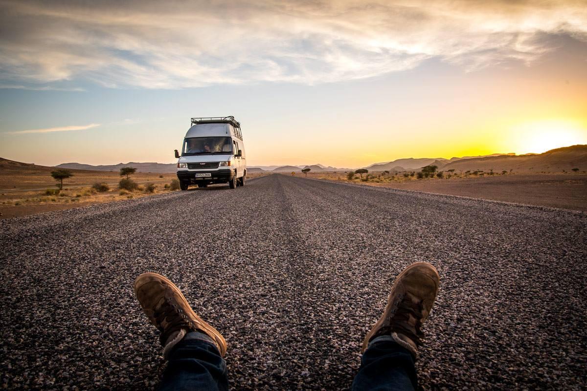 Quitter sa maison pour vivre en camion aménagé : vie alternative de Mike