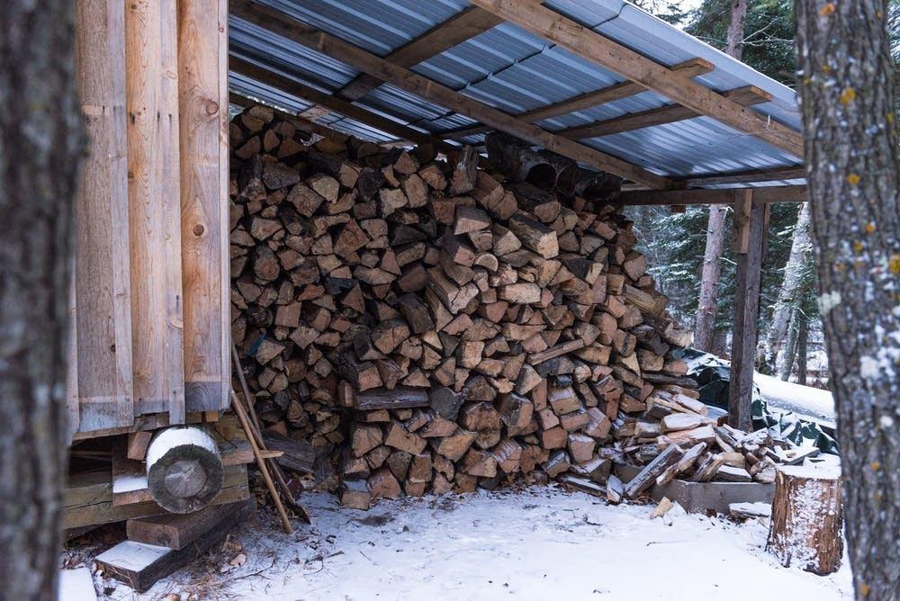 stockage bois hiver yourte