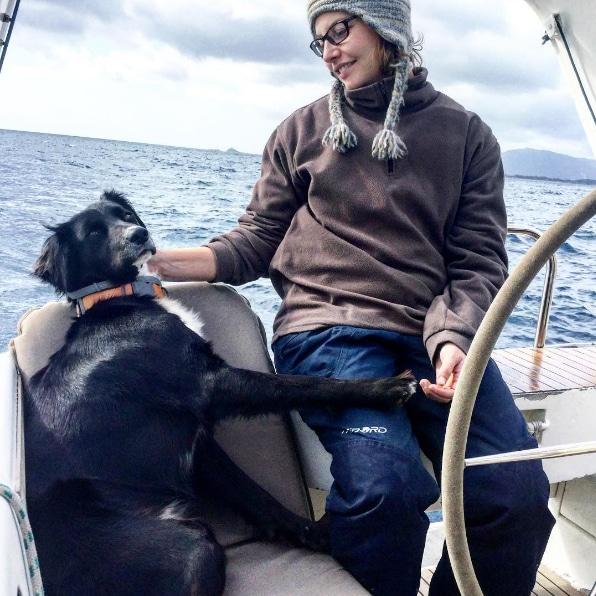 tout plaquer pour vivre sur un voilier chien