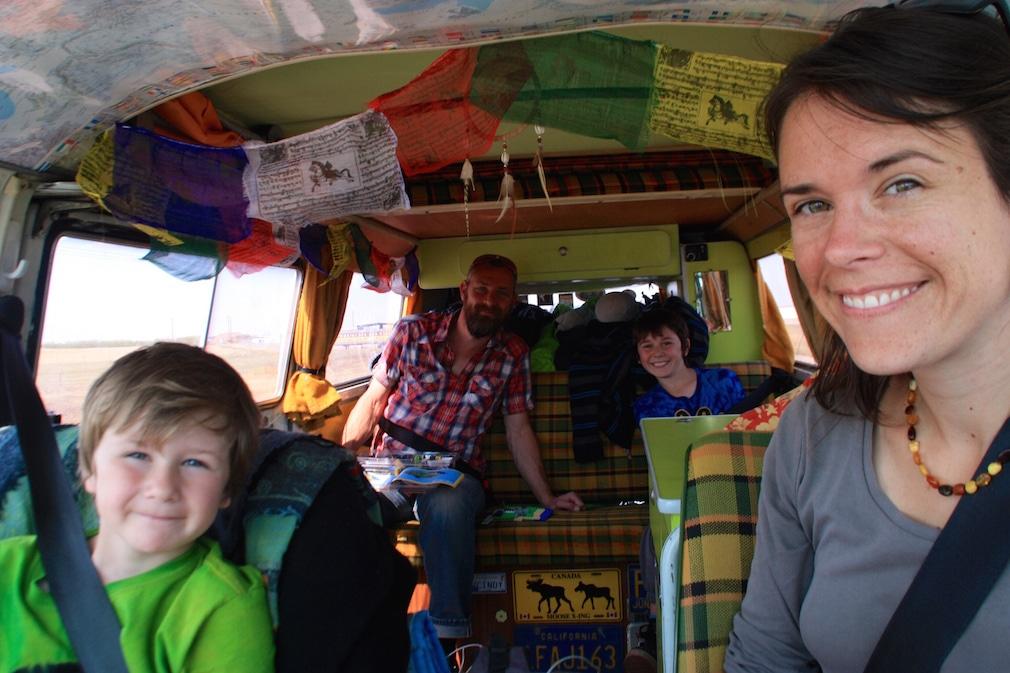 Vivre à temps plein dans un van avec des enfants : Les 4 farfelus