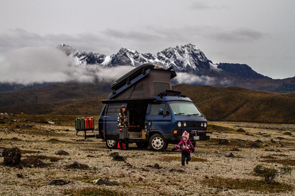 Être nomade avec des enfants : une éducation à l'école de la vie