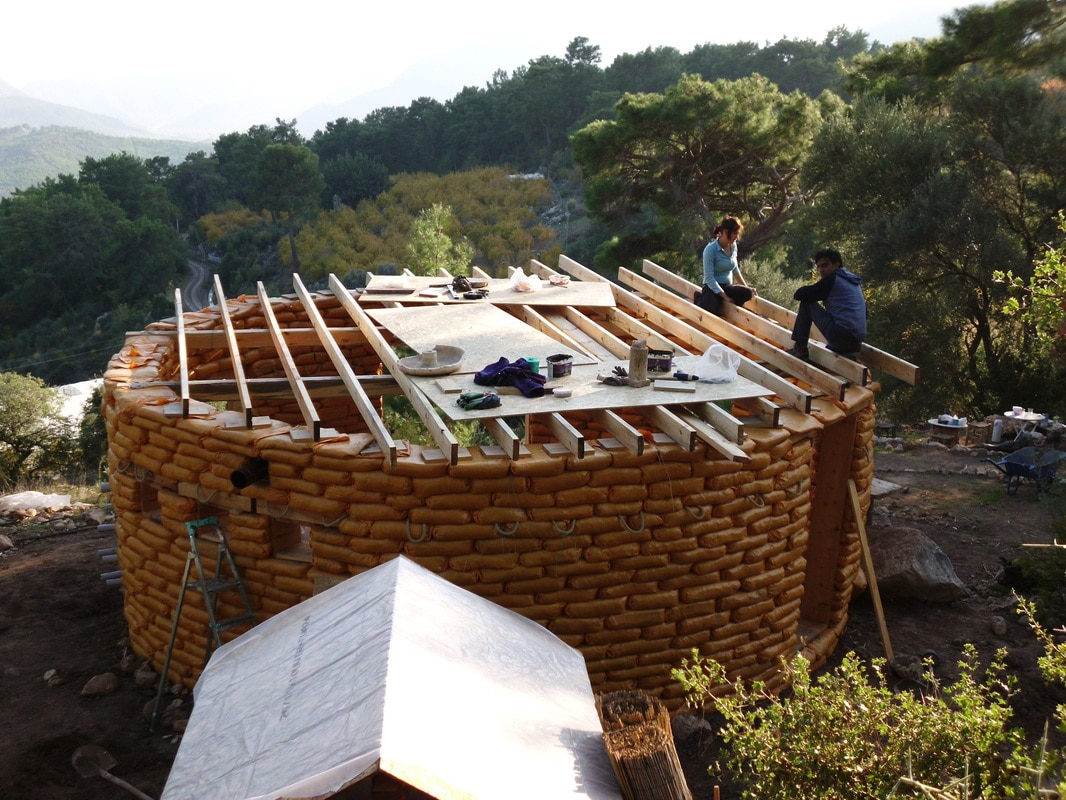 earthbag maison de terre
