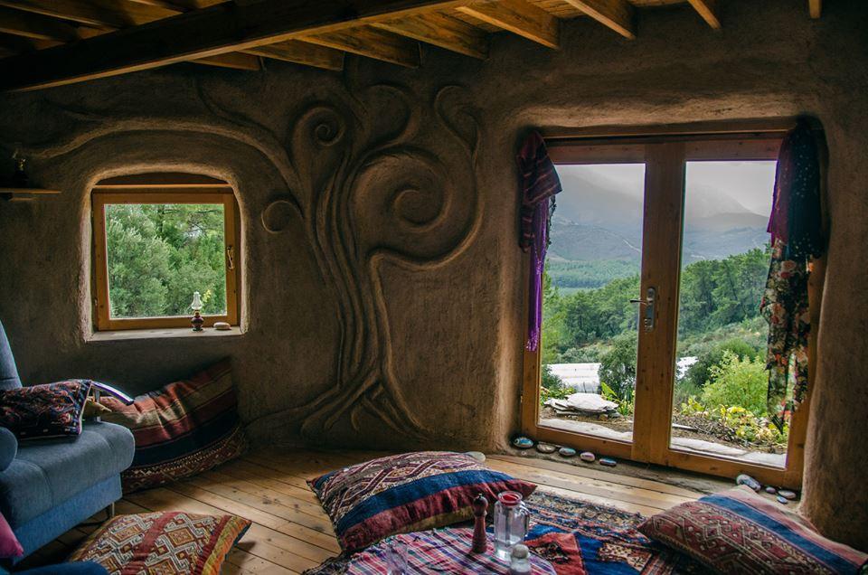 earthbag une maison cologique et autonome avec des sacs de sable. Black Bedroom Furniture Sets. Home Design Ideas