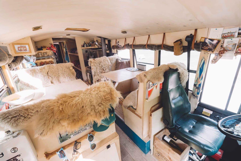 bus scolaire aménagé converti