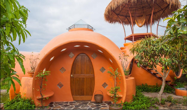 """Construire une maison alternative pas chère : 10 types d'habitations """"cosy"""" et originales Steve-areen-dome-front"""