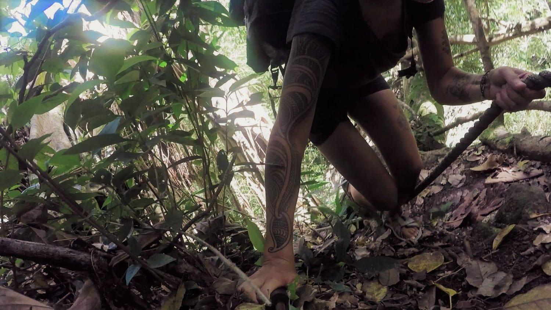 trek en autonomie femme seule jungle