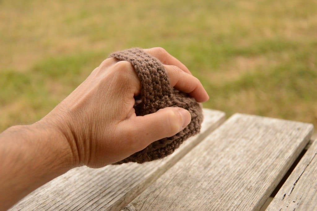 tricoter tawashi zéro déchet dans la cuisine