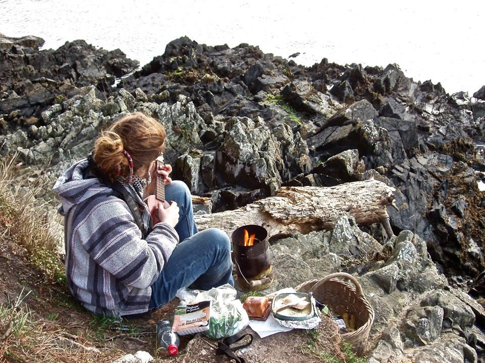 Récup', minimalisme, elle vit sur les routes avec 100€ par mois