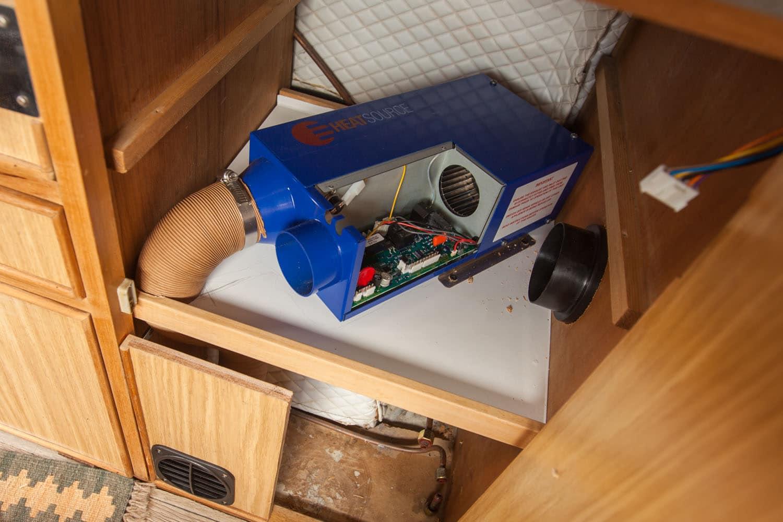 emplacement placard chauffage heatsource HS2000