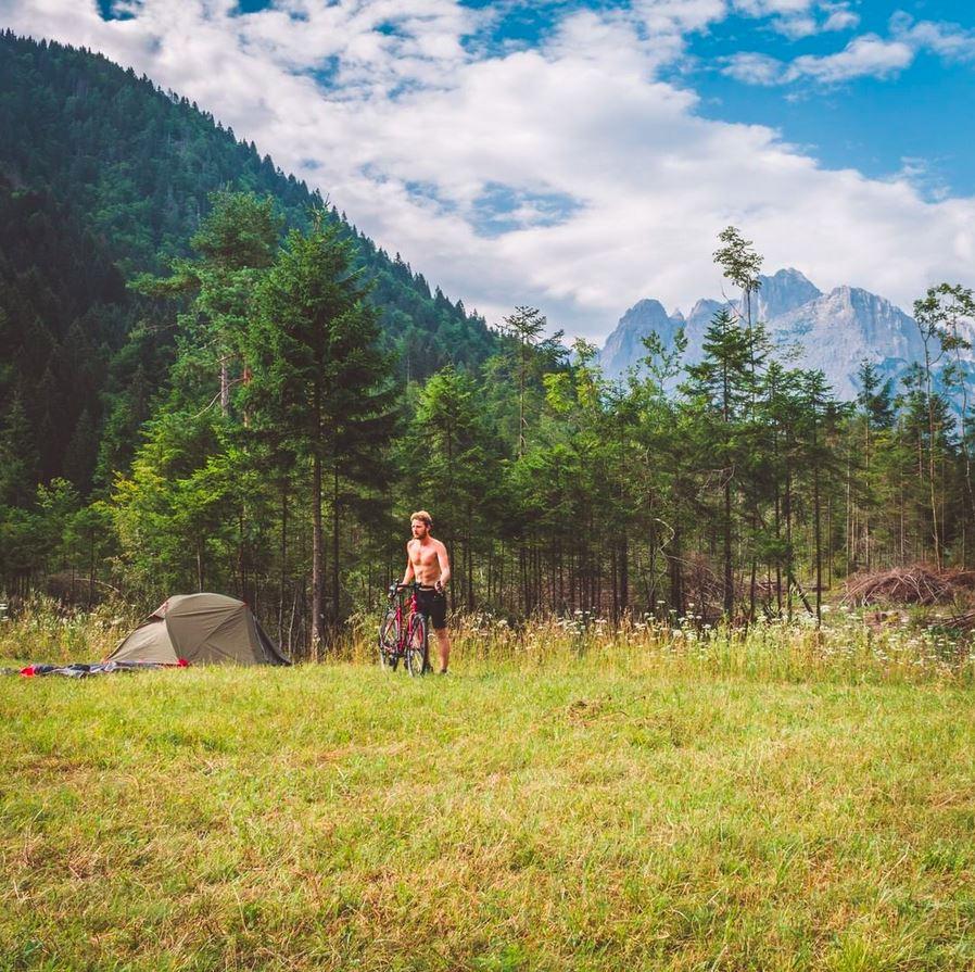 Voyager à vélo camping