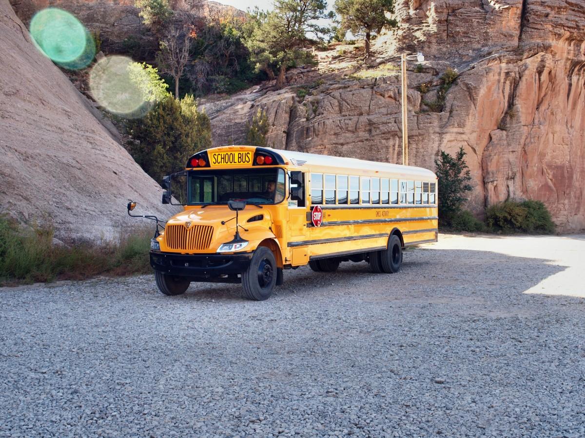 Importer un bus scolaire des Etats-Unis ou Canada en France : démarches